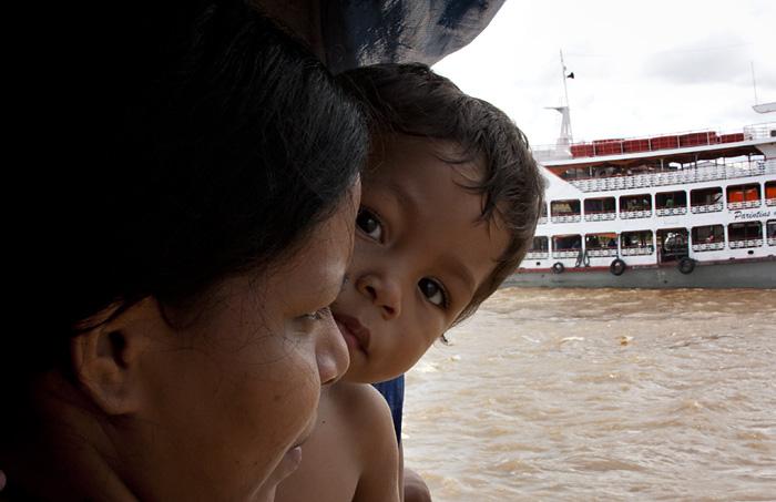 Mamma e figlio, Amazzonia