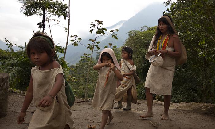Famiglia indigena, Colombia