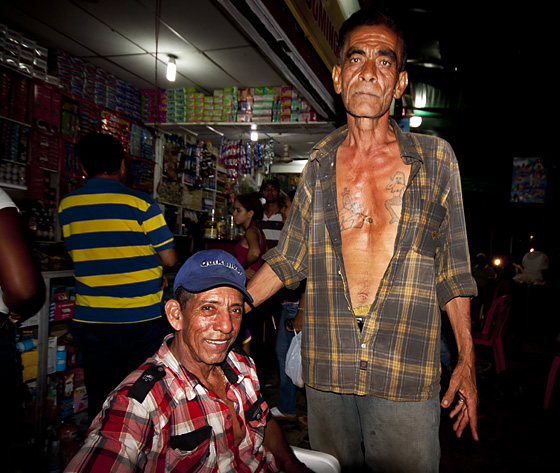 Amici a Mompos, Colombia