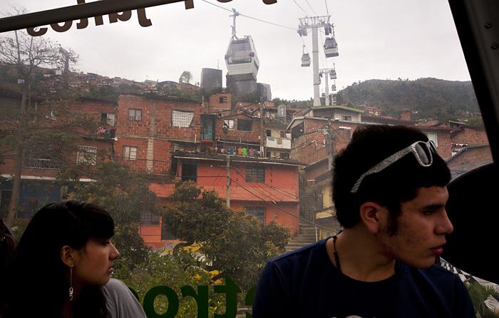 Nella cabinovia a Medellin