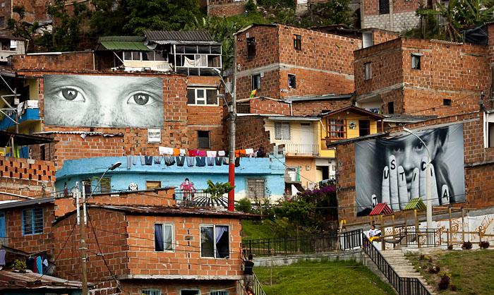 Manifesti, Medellin