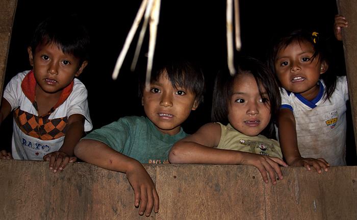 Bambini, Amazzonia