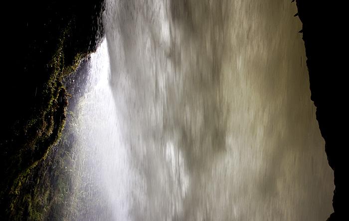 Dietro la cascata del diablo, Ecuador