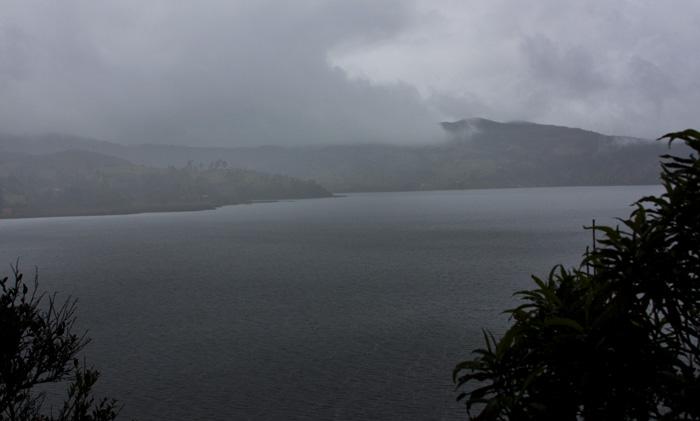 Lago nebbia