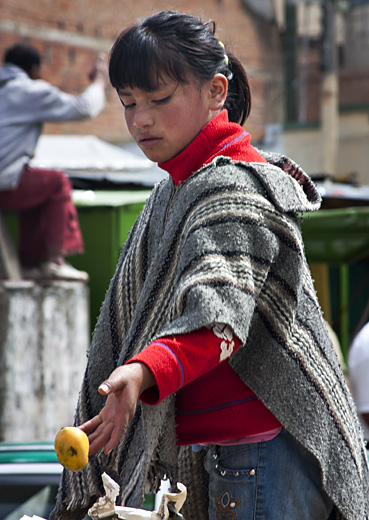 Ragazza al mercato, Colombia