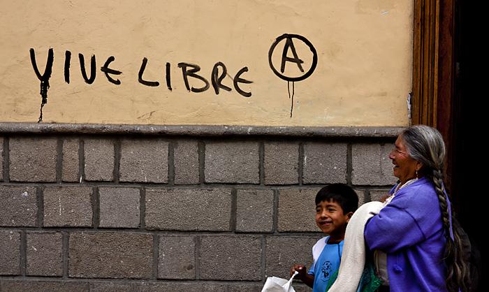 Vivi libero, Ecuador
