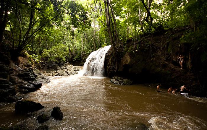 Cascata calda, El Paraiso, Rio Dulce, Guatemala