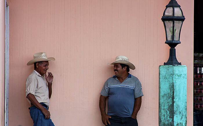 2 signori, Guatemala