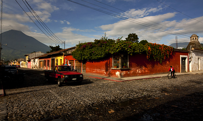 Strada, Antigua, Guatemala