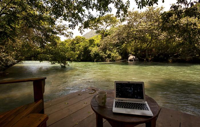 Sul Rio Dulce, Guatemala